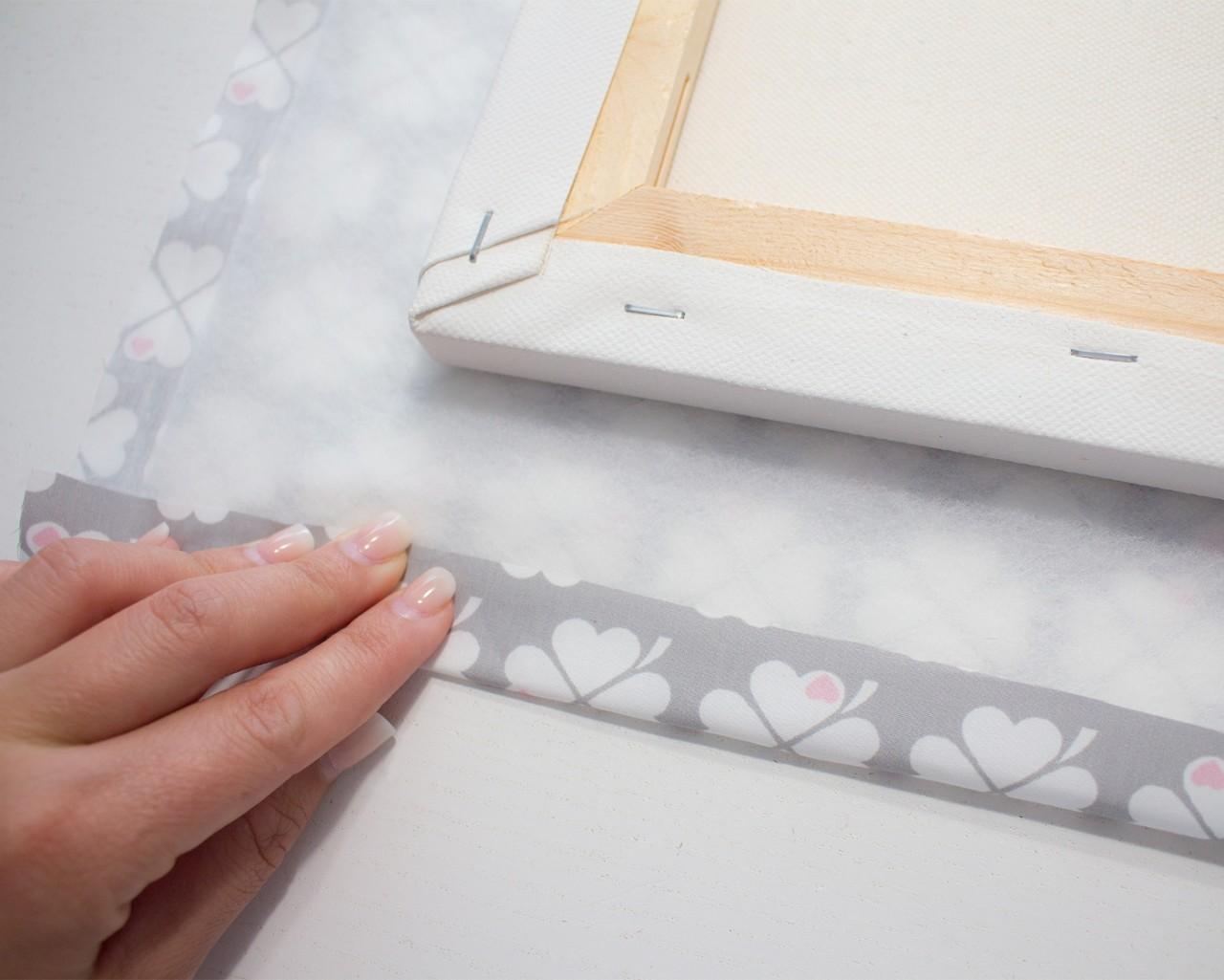 Bastel dir ein Memoboard mit deinem byGraziela Lieblingsstoff - kostenlose Anleitung. Super einfach gemacht.